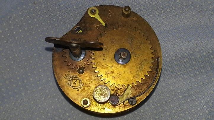 103 clock Movement